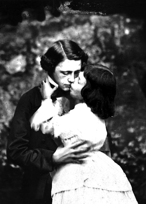 Lewis Carroll Kissing Alice