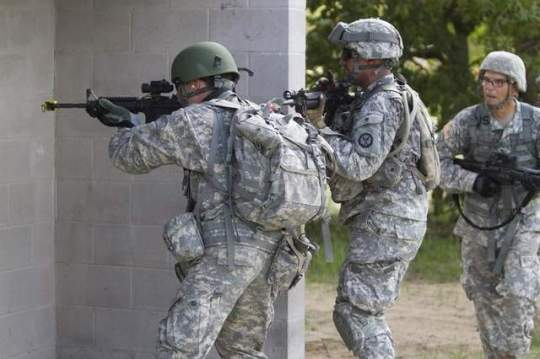 City Wars: US soldiers conduct urban training at Camp Blanding, Florida. Army planners believe future battles will be fought in 'megacities' of 20 million or more people. (Sgt. 1st Class Mark Bell/ / US Army)