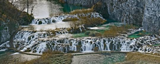 El Parque Nacional de los Lagos de Plitvice en Croacia