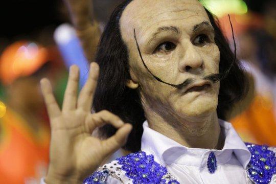 """O """"Salvador Dalí"""" da Portela. FELIPE DANA (AP)"""