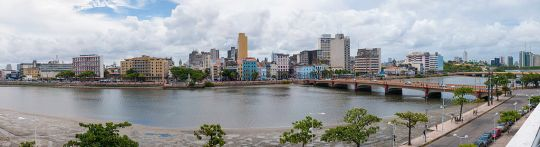 1024px-Panoramic_view_of_Recife