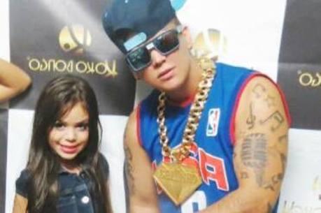 MC Belinha e o pai MC Belinho. Mais fotos do Facebook