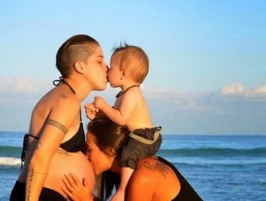 sexo familia sexo lesbico
