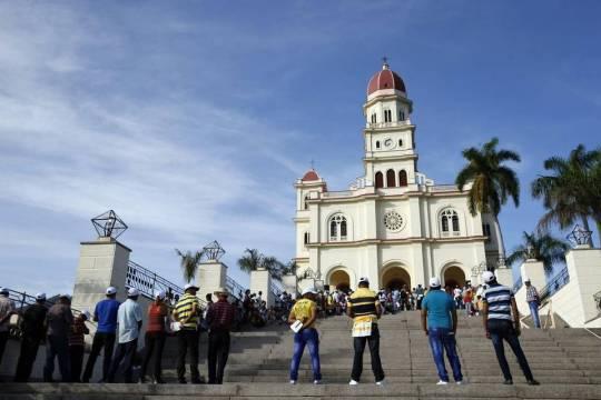 Basílica Menor del Santuario de Nuestra Señora de la Caridad del Cobre en Santiago (Cuba)