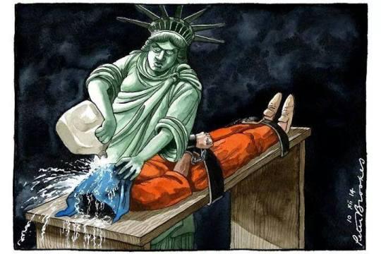 estátua da liberdade tortura colonialismo preso
