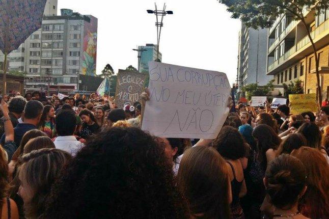 Se mulheres são enganadas, é por políticas públicas como as propostas por Eduardo Cunha